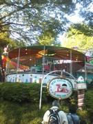 130428上野公園子ども遊園地乗り物@エコカフェ.jpg