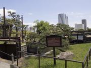 130512浜離宮水門と高層ビル群@エコカフェ.jpg