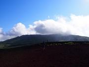 150607御山山頂に雲@エコカフェ.JPG