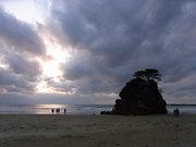 稲佐ノ浜の弁天島@エコカフェ.JPG