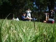 芝生ででんぐり返し2@エコカフェ.JPG